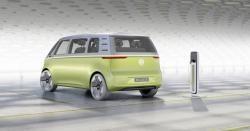 Роботы будут обслуживать электромобили Volkswagen    Volkswagen Group Research расширяет сотрудничество с компанией KUKA, специалистом в области автоматизации и робототехнических систем.    Подробно: https://www.wht.by/news/tech-future/67249/?utm_source=pinterest&utm_medium=pinterest&utm_campaign=pinterest&utm_term=pinterest&utm_content=pinterest    #wht_by #volkswagen #электромобиль #электрокар #электрический #автомобиль #автопилот #роботы