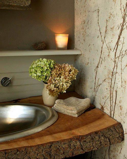 Encimera del baño rústica a partir de un tronco