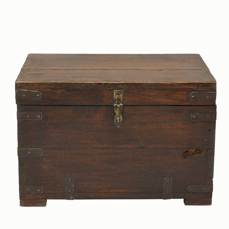Mid 20th Century Campaign Trunk