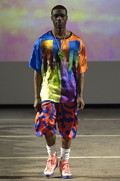 Cassette Playa: Carri Munden - cartoon couture, streetwear, M.I.A. Carri Munden, fashion,cassette playa - Page 5 - LIPSTiCK TrACeZ