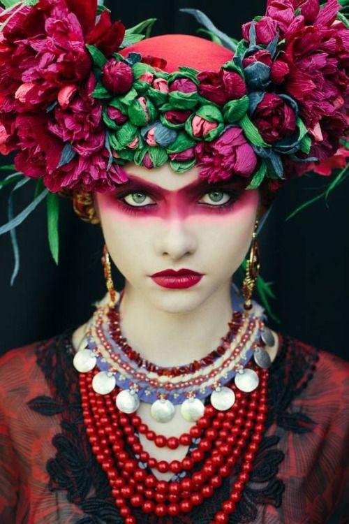 lamus-dworski  Etno series by the make-up artist Beata Bojda from Poland.   Photography: Ula Kóska.