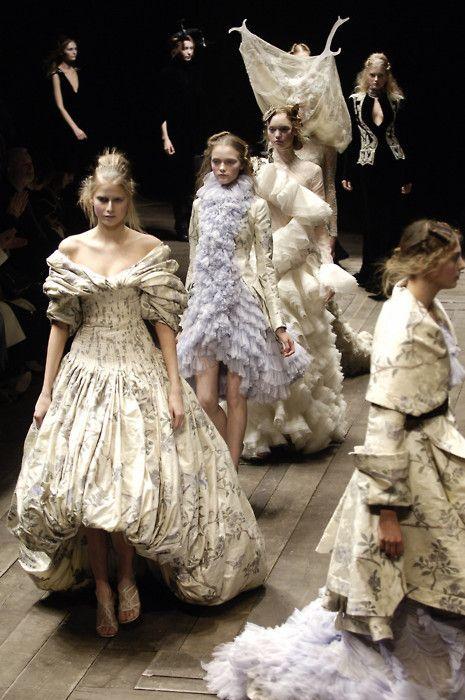 : Fantasy Fashion, Alexander Mcqueen, Gowns Dresses, Steampunk Fashion, Fashion Style, Alexandermcqueen, Fashion Design, Fall 2006, Haute Couture