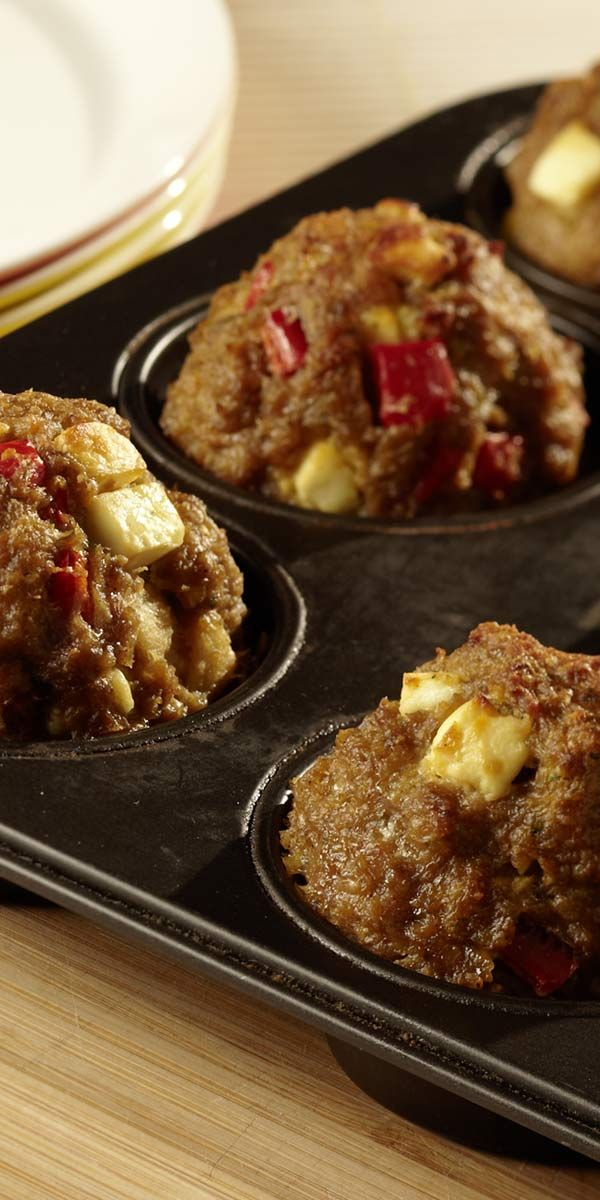 Auf die Teller, fertig, los. Hackfleisch-Muffins eignen sich für jede Party. Sie sind schnell vorbereitet und schnell genascht.