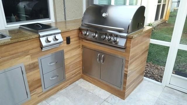 Image Result For Wood Look Tiled Grill Island Outdoor Kitchen Outdoor Kitchen Design Built In Bbq