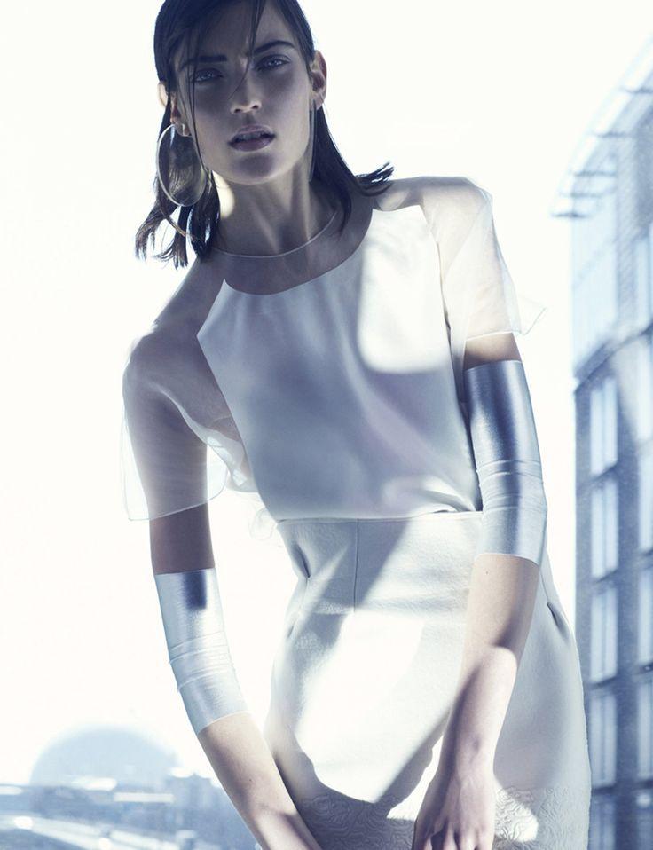 hh | inspiratie : futurisme + androgyn + minimal-chic + transparant