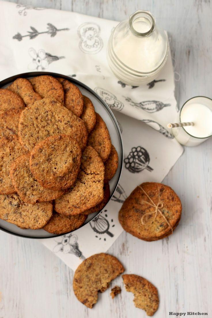 Happy Kitchen.: Bezglutenowe ciastka z czekoladą i rodzynkami (na mące ryżowej).