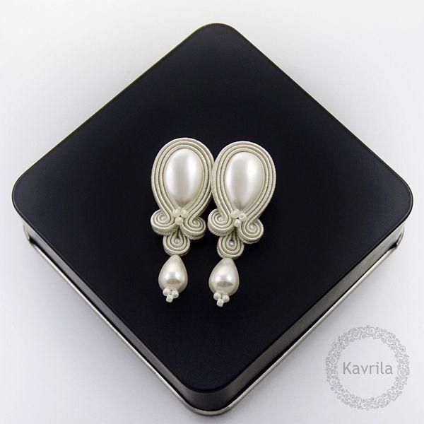 Candy pearl soutache - kolczyki ślubne sutasz KAVRILA #sutasz #kolczyki #ślubne…