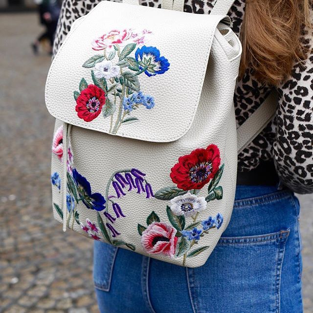 As if we didn't love backpacks enough - cue embroidery   @thetravelista #Accessorizer #embroidery #backpack
