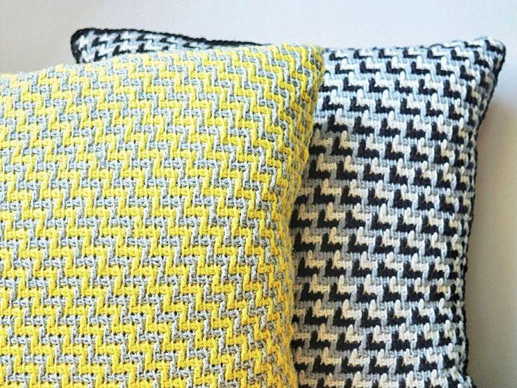 DIY-Anleitung: Kissen mit Zickzackmuster tunesisch häkeln via DaWanda.com