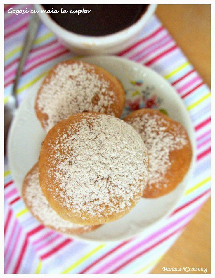 Kitchening: Gogoși cu maia la cuptor/Baked sourdough doughnuts