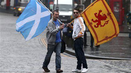 Les Écossais ont voté non à l'indépendance lors d'un référendum historique marqué par une participation massive à la hauteur de l'enjeu.