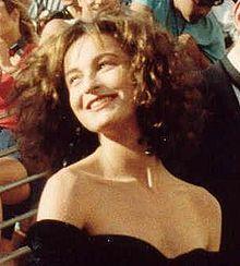 Jennifer Grey, en.wikipedia.org