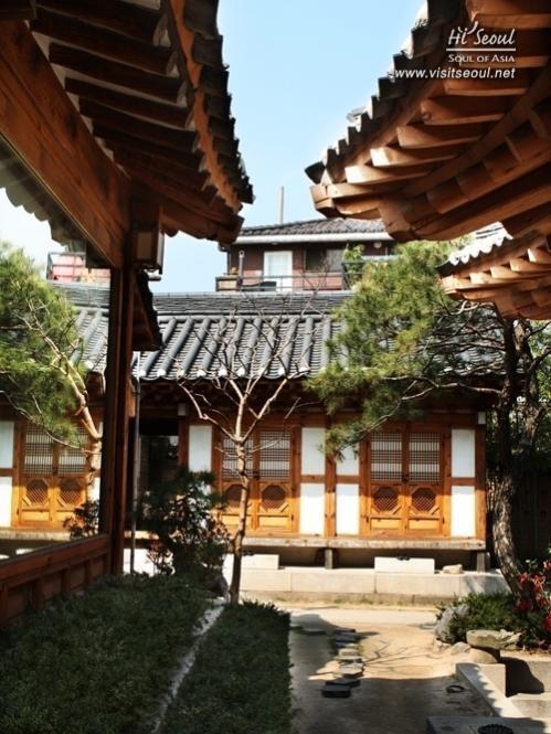 Visit Seoul - Accommodation  Traditional Stays-Hanok