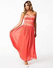 Linda Lace Maxi Dress - Elise Ryan - Koraal - Feestjurken - Kleding - NELLY.COM