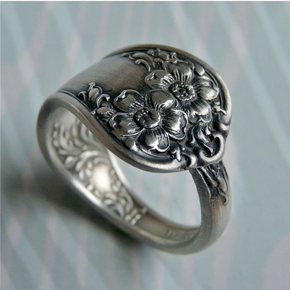 spoon ring - ultra cool
