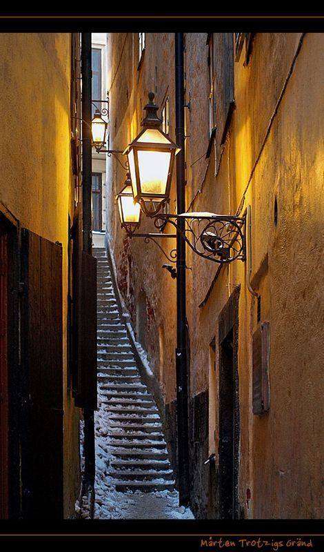"""Mårten Trotzigs Gränd (Swedish: """"Alley of Mårten Trotzig"""") is an alley in Gamla stan, the old town of Stockholm, Sweden.  The width of its 36 steps tapers down to a mere 90 cm, makes the alley the narrowest street in Stockholm."""