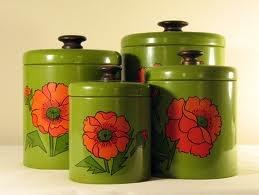 love...ttKitchens Design, Canisters Sets, Vintage Kitchens, Vintage Canisters, Green Kitchens, Flower Power, Kitchens Counter, Vintage Green, Kitchens Canisters