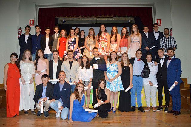 El Colegio Esclavas, de Salamanca, celebró la graduación de los alumnos de 4º de la ESO http://revcyl.com/www/index.php/educacion/item/7788-el-colegio-esclavas-de-s