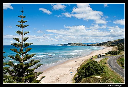 Overlooking Wainui beach from the bottom of the walkway steps It Pays You Snap it, Tag it, Share it... And Make Money! Sign up today to position yourself early. Don't miss out on this ground floor opportunity to be the first to join Leafit, the free Social Network that pays you
