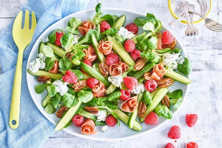 Voor alle fijnproevers: zoete frambozen in combinatie met gorgonzola, een feestje op tafel. - Recept - Allerhande