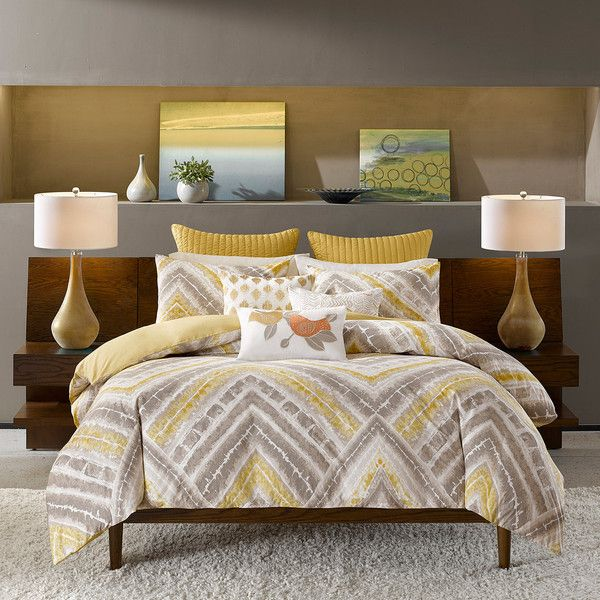 INK+IVY Cornwell Chevron 3-pc. Comforter Set (150 CAD) ❤ liked on Polyvore featuring home, bed & bath, bedding, comforters, king shams, oversized king bedding, oversized king comforter sets, full/queen comforter and king size comforter set