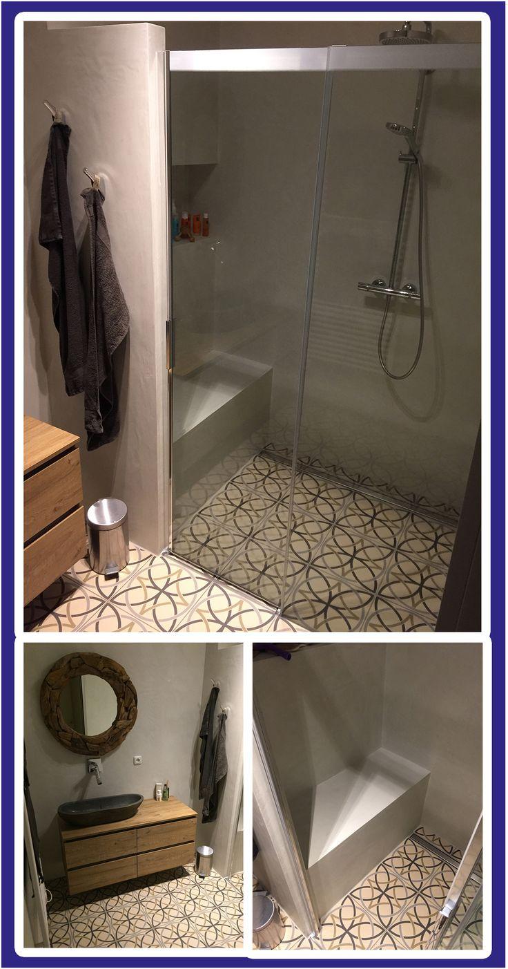 Of wij ook badkamers kunnen maken met #betonciré? Jazeker wel! Strakke vormgeving met een twist. Wil jij dit ook? #tuijp #badkamers #volendam #amsterdam Meer inspiratie opdoen? Kijk dan eens op: http://tuijpkeukenenbad.nl/badkamers/badkamer-projecten