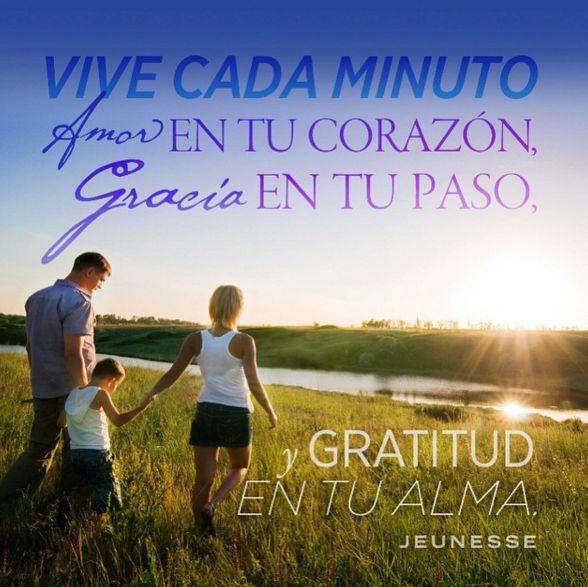Feliz domingo, disfruta con tu familia, aprovecha para pasear, dar una vuelta por el campo o por la playa, disfruta el domingo #jeunesse