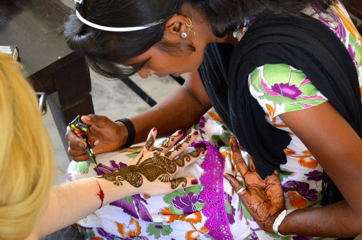 Tordi Sagar, India... #henna #tordi #india #travel Photograph // Stephanie Osborn