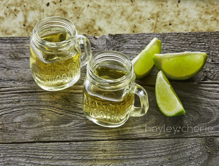 Mason Jar Shot Glasses with Lids - The Best Gift Finder | Home and Office