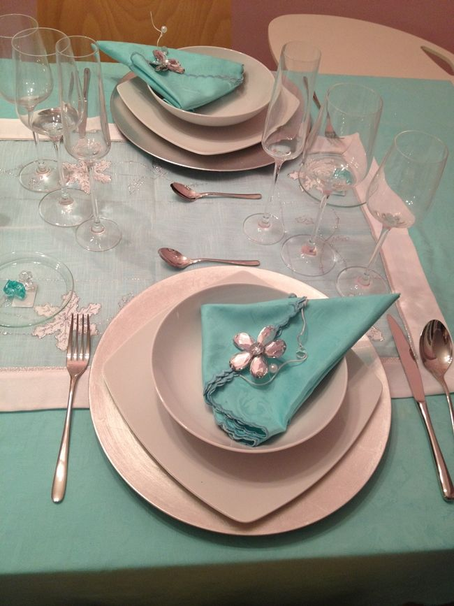 88 best images about ideas para la cena y la mesa de for Como decorar la mesa de navidad