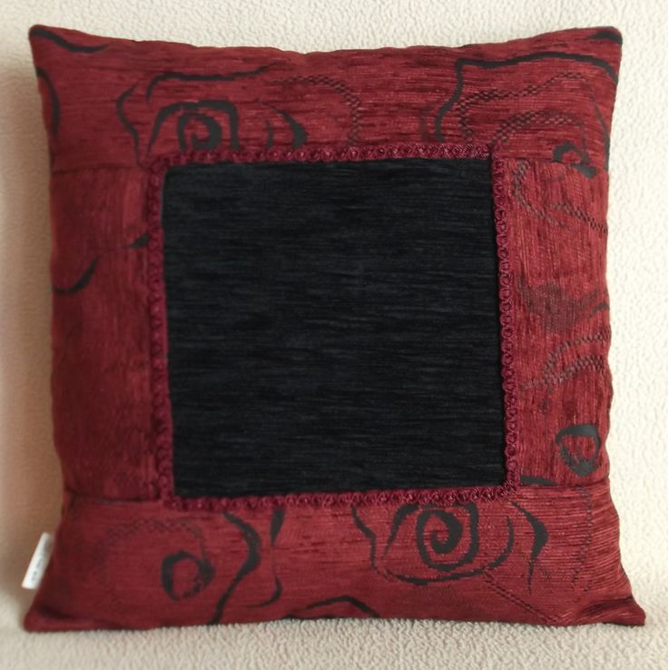 Cuscino arredo casa cm 43x43, PEZZO UNICO, in velluto color vinaccia e nero. - Pillow 17x17 inch, UNIQUE, wine and black velvet, patchwork. di RITALYstyle su Etsy