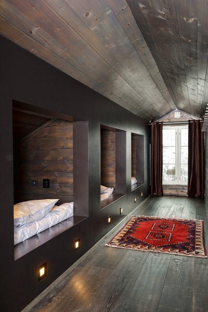 (10) FINN – Hemsedal/Solheisen. Fantastisk og eksklusiv hytte med 268 kvm gulvareal. Solrikt og usjenert beliggende. Panormautsikt og ski inn/ut