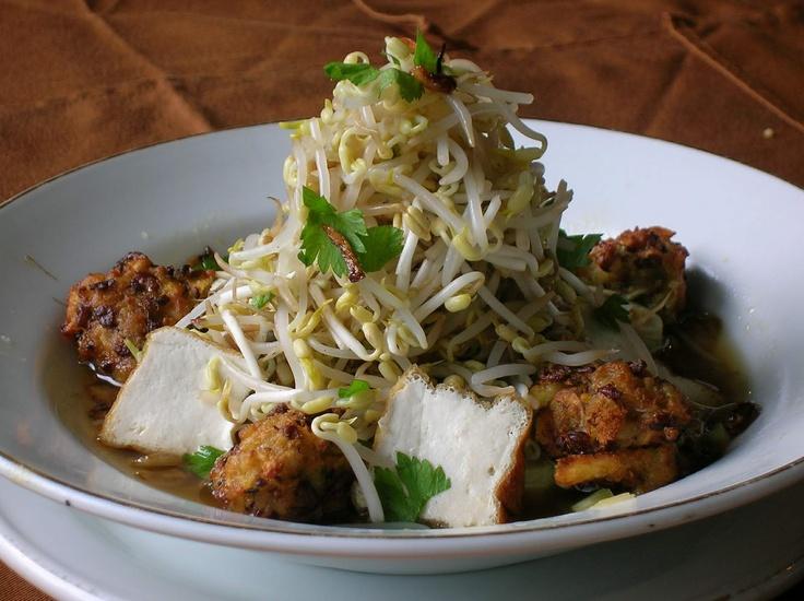 Lontong Balap #Makanan khas #Indonesia