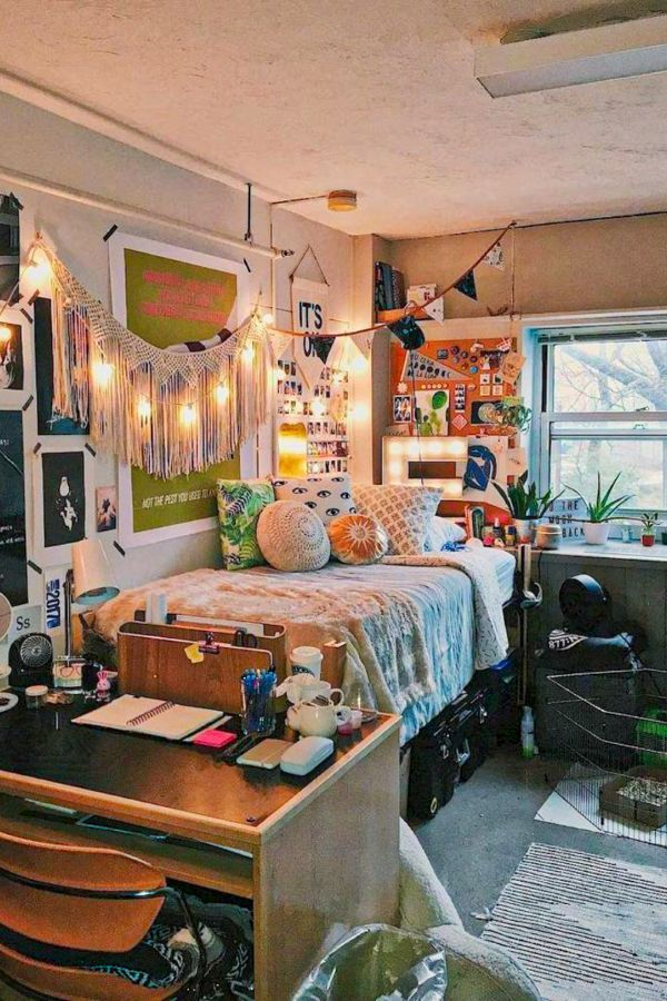 49 Beautiful Aesthetic Bedroom Design Ideas For Your Home Part 12 In 2020 Elegant Dorm Room Small Apartment Bedrooms College Dorm Room Decor