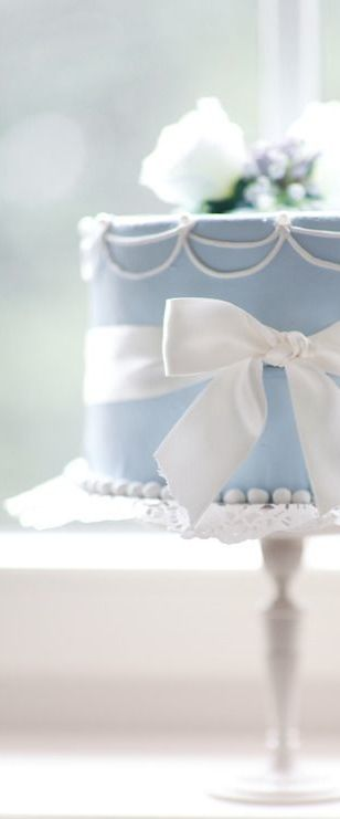 A cake made for a little Princess... love the color and ribbon.