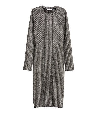 Silver-colored. Knee-length, long-sleeved dress in a rib knit with glittery threads.