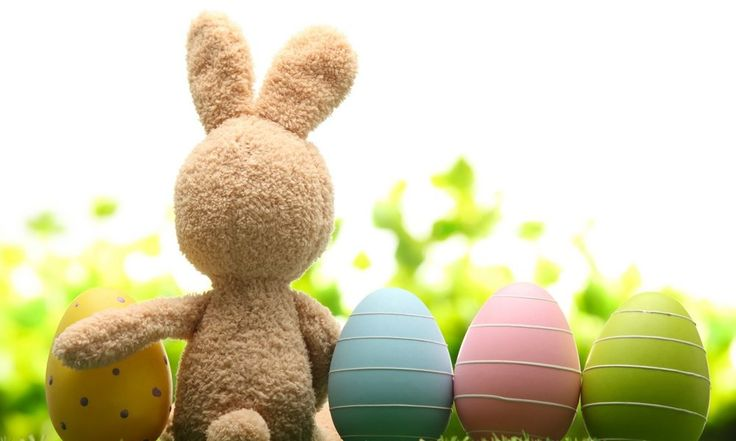 Kenapa Paskah Identik dengan Telur dan Kelinci?