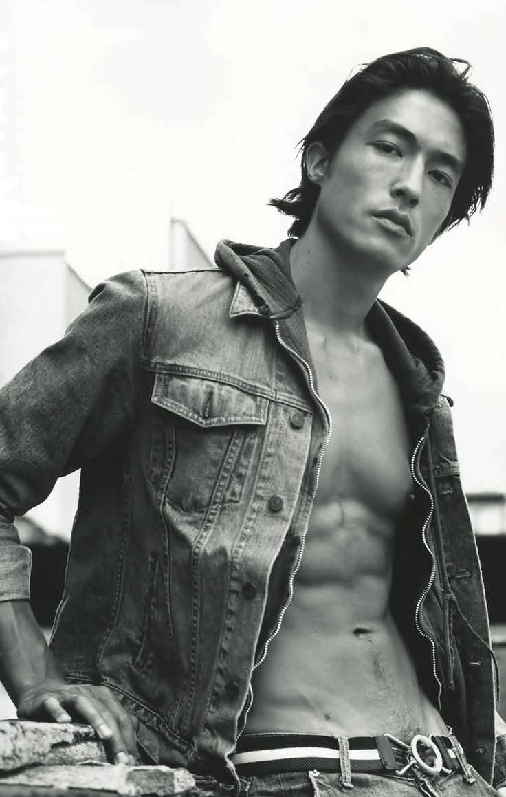 Oh damn! Daniel Henney sure looking fine...