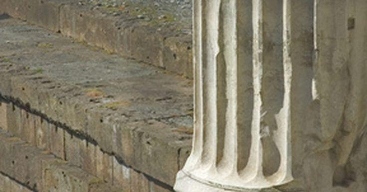 Cómo hacer columnas griegas o romanas decorativas. Si quieres darle a tu casa un aire internacional, intenta decorar una habitación con la temática de un país o un período. Cuando lo haces de esta manera, usa accesorios y muebles que se parezcan a aquellos usados en esa región o época. Si quieres agregar un toque de la antigua Grecia o Roma a un espacio en tu casa, por ejemplo, puedes crear ...