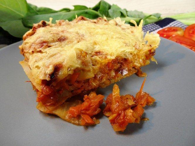 Rezept für vegetarische Lowcarb-Lasagne! Statt Pasta verwende ich Kohlrabi und für die vegetarische Bolognese rote Linsen anstatt Fleisch. Rezept auf applethree.de!
