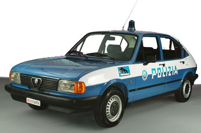 auto della polizia italiana - Cerca con Google