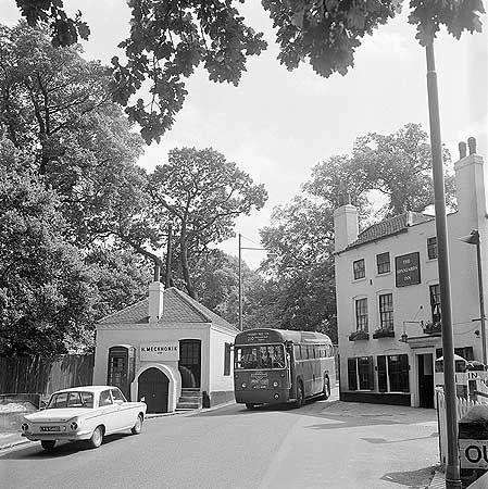 Spaniards Inn,  Spaniards Road, Hampstead Heath, Hendon, Greater London