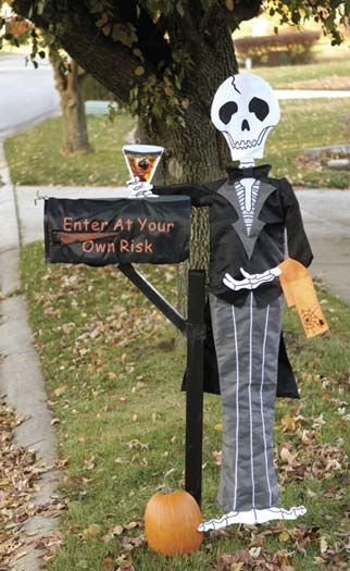 Spooky Halloween Mailbox Decorations - Outdoor Halloween Decorations
