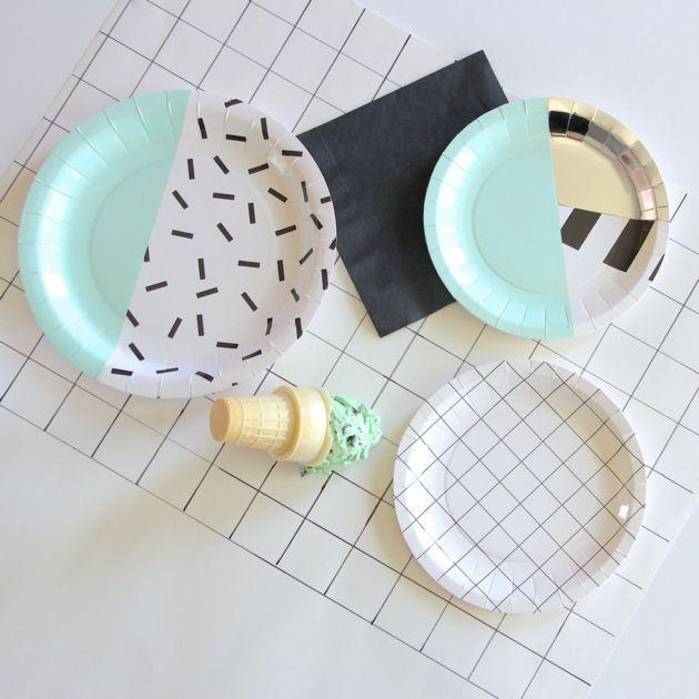 les 25 meilleures id es de la cat gorie assiette design sur pinterest vaisselle en c ramique. Black Bedroom Furniture Sets. Home Design Ideas