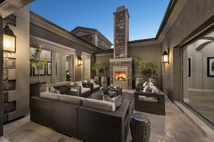 This elegant courtyard opens to the great room. New homes in Sierra Highlands built by Rosewood Homes in Scottsdale, AZ.