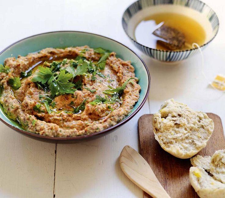 Hvorfor ha skinke og salami på hver eneste brødskive når det finnes så mye annet godt? Her får du oppskrifter på kjøttfritt pålegg.
