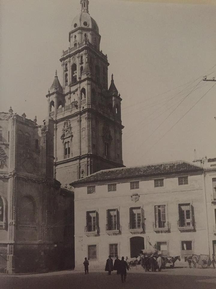 Plaza de los Apóstoles a finales del XIX
