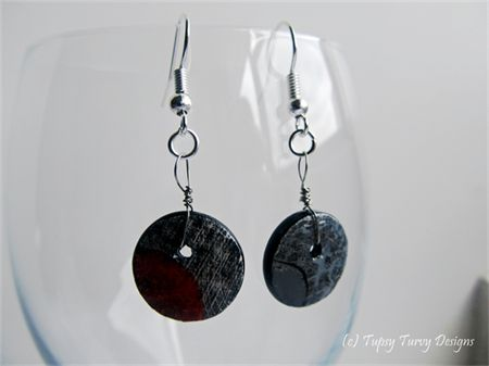 Mixed media art on upcycled button earring and pendant gift set - grey and red