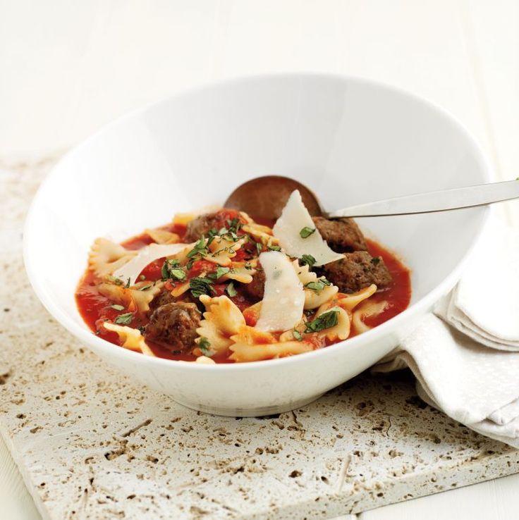 Esta sopa, forte e nutritiva, é ideal quando precisa duma refeição substancial