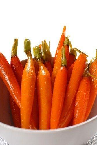 Сладкая запеченная морковь